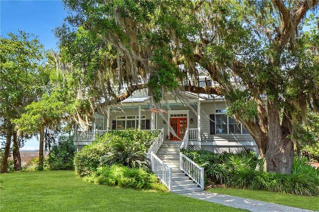 206 Dunbar Drive, St. Simons Island, GA 31522 (MLS #1625747) :: Coastal Georgia Living
