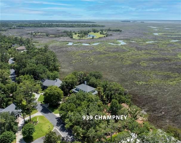 939 Champney Drive, St. Simons Island, GA 31522 (MLS #1627110) :: Coastal Georgia Living