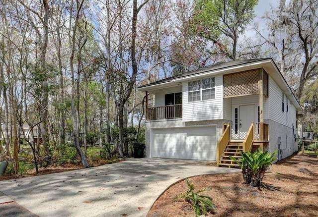 510 Holly Street, St. Simons Island, GA 31522 (MLS #1628117) :: Coastal Georgia Living