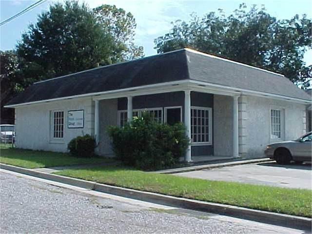 702 7th Street, Brunswick, GA 31520 (MLS #1629029) :: Coastal Georgia Living