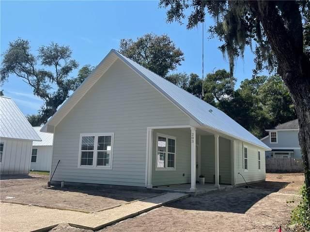 203 Magnolia Street, St. Simons Island, GA 31522 (MLS #1629119) :: Coastal Georgia Living