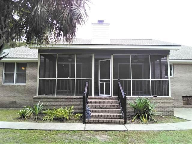 79 Thornhill Drive, Brunswick, GA 31525 (MLS #1620893) :: Coastal Georgia Living