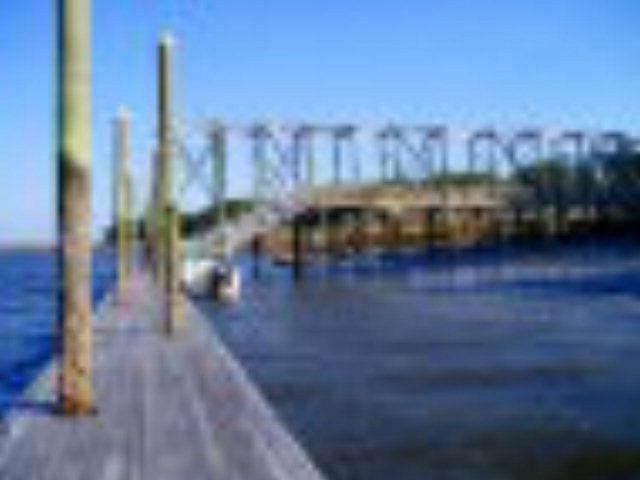 107 NE Riverpoint Lane, Townsend, GA 31331 (MLS #1571392) :: Coastal Georgia Living