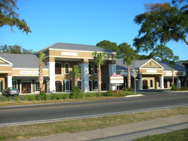 2012 Demere Road #108, St. Simons Island, GA 31522 (MLS #1579727) :: Coastal Georgia Living