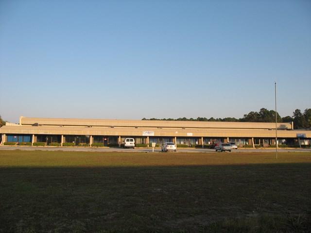 108 Industrial Park Drive, St. Marys, GA 31558 (MLS #1581190) :: Coastal Georgia Living