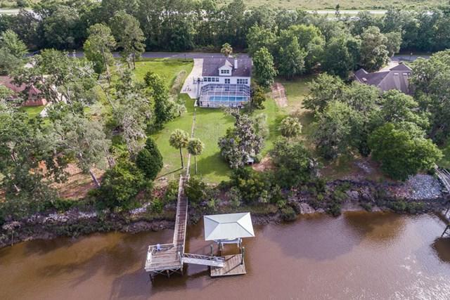 120 Royal Drive, Brunswick, GA 31523 (MLS #1584296) :: Coastal Georgia Living