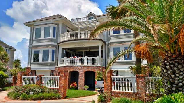 903 Beachview, St. Simons Island, GA 31522 (MLS #1584470) :: Coastal Georgia Living