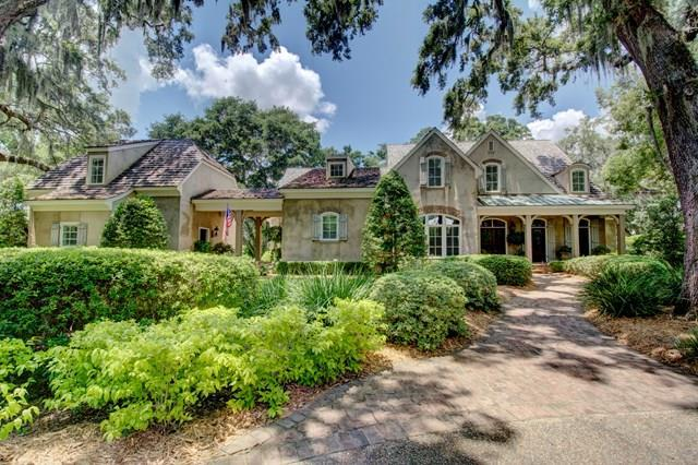 15 Fairway Drive, St. Simons Island, GA 31522 (MLS #1584596) :: Coastal Georgia Living