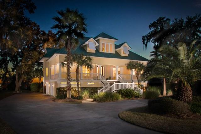 180 Royal Drive, Brunswick, GA 31523 (MLS #1585264) :: Coastal Georgia Living