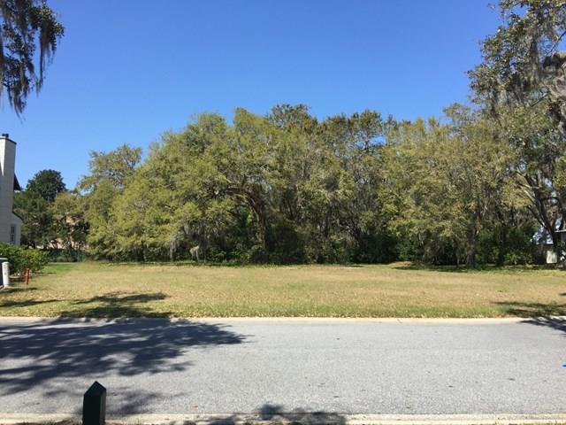 35 Frederica Oaks Lane, St. Simons Island, GA 31522 (MLS #1586580) :: Coastal Georgia Living