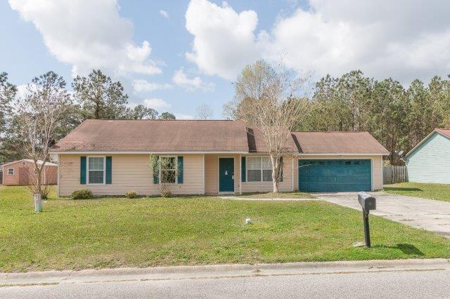 117 Huntington Dr, Kingsland, GA 31548 (MLS #1587960) :: Coastal Georgia Living