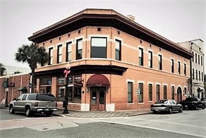 302/304 Gloucester Street, Brunswick, GA 31520 (MLS #1589619) :: Coastal Georgia Living