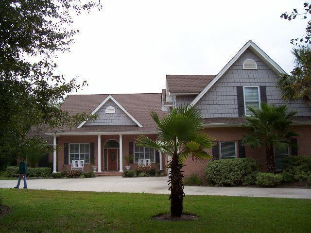 111 Serenoa Drive, Brunswick, GA 31523 (MLS #1603171) :: Coastal Georgia Living