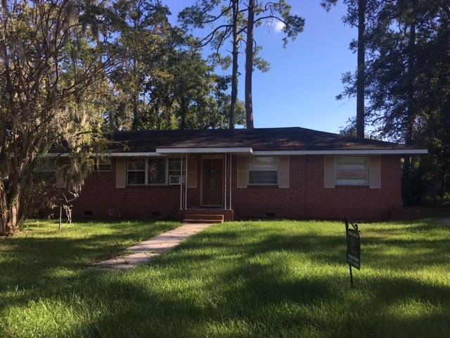 2610 Oriole Street, Brunswick, GA 31520 (MLS #1603269) :: Coastal Georgia Living