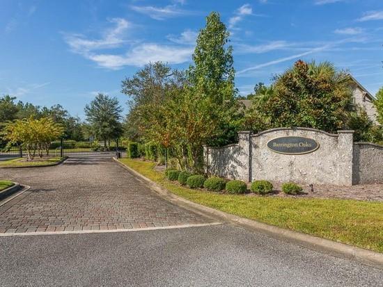 243 Barrington Oaks Drive, Brunswick, GA 31523 (MLS #1608479) :: Coastal Georgia Living