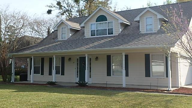 109 Fairway Drive, Kingsland, GA 31548 (MLS #1610584) :: Coastal Georgia Living