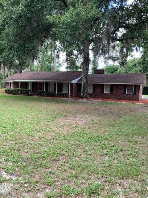 175 Comanche Road, Brunswick, GA 31525 (MLS #1610742) :: Coastal Georgia Living