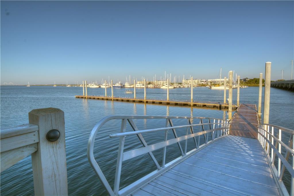 420 Yacht Club Lane - Photo 1