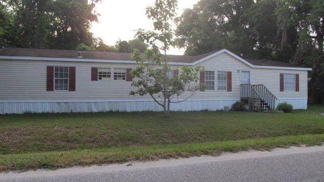 210 Hautala Drive, Brunswick, GA 31525 (MLS #1614230) :: Coastal Georgia Living