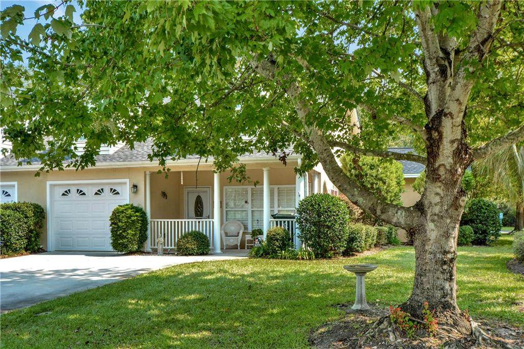 112 Peppertree Crossing Ave - Photo 1