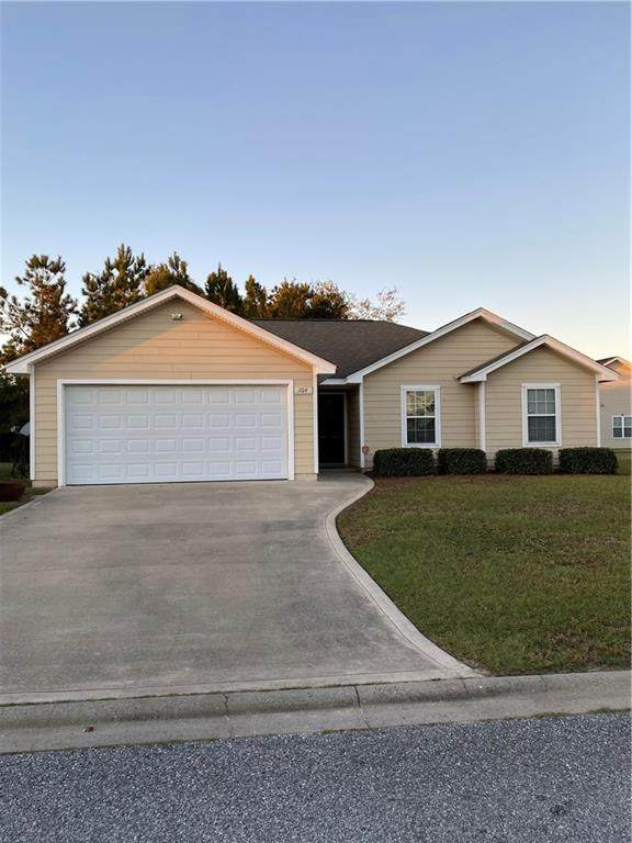 104 Roswell Drive W, Brunswick, GA 31525 (MLS #1623180) :: Coastal Georgia Living