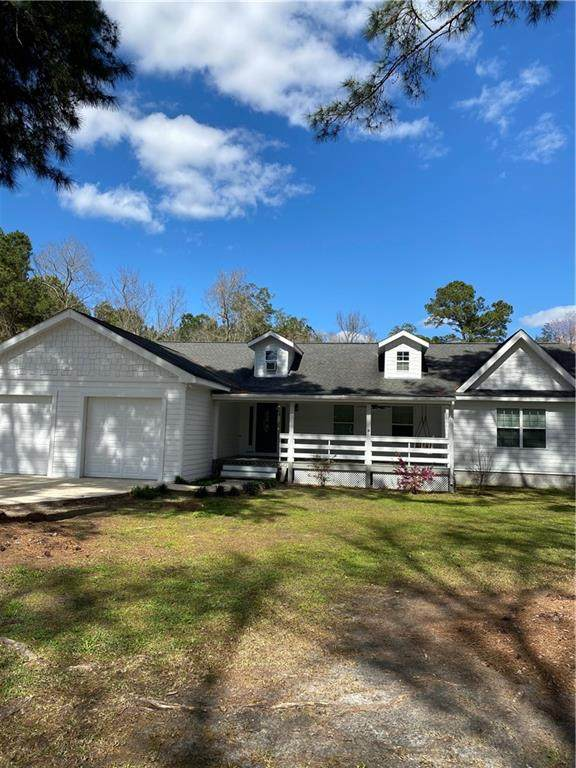 465 Boones Branch Road, Hortense, GA 31543 (MLS #1624748) :: Coastal Georgia Living
