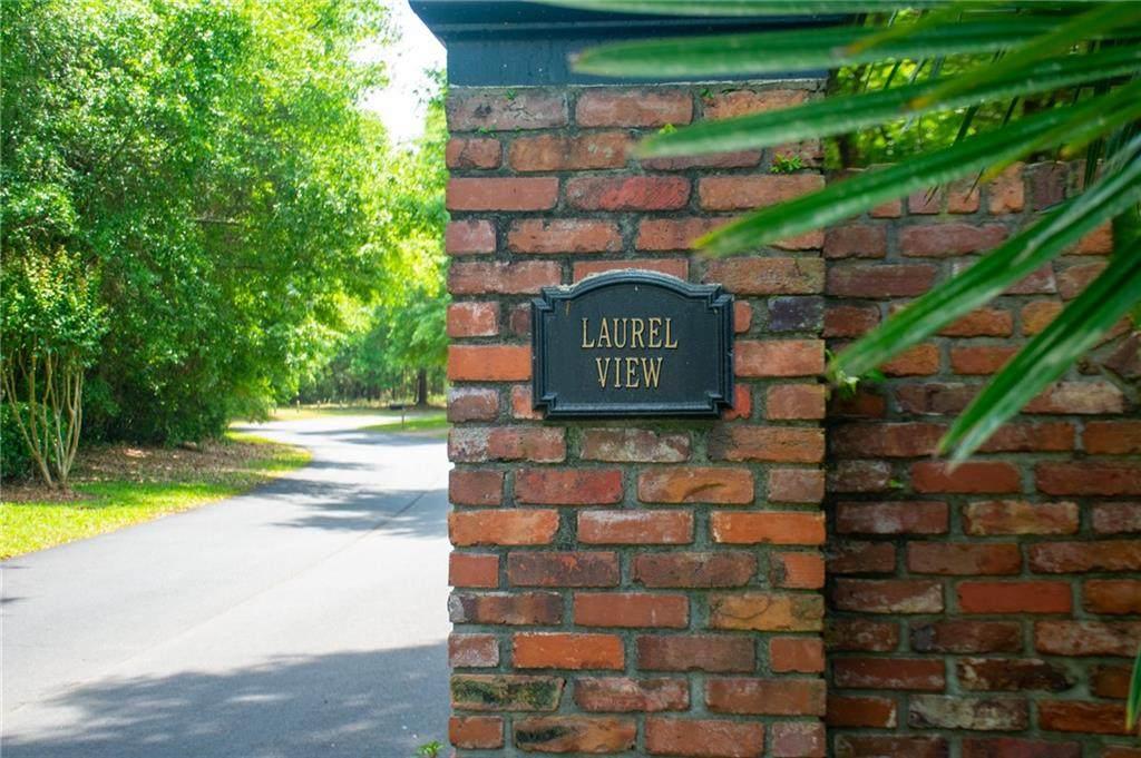 121 Laurel View Drive - Photo 1