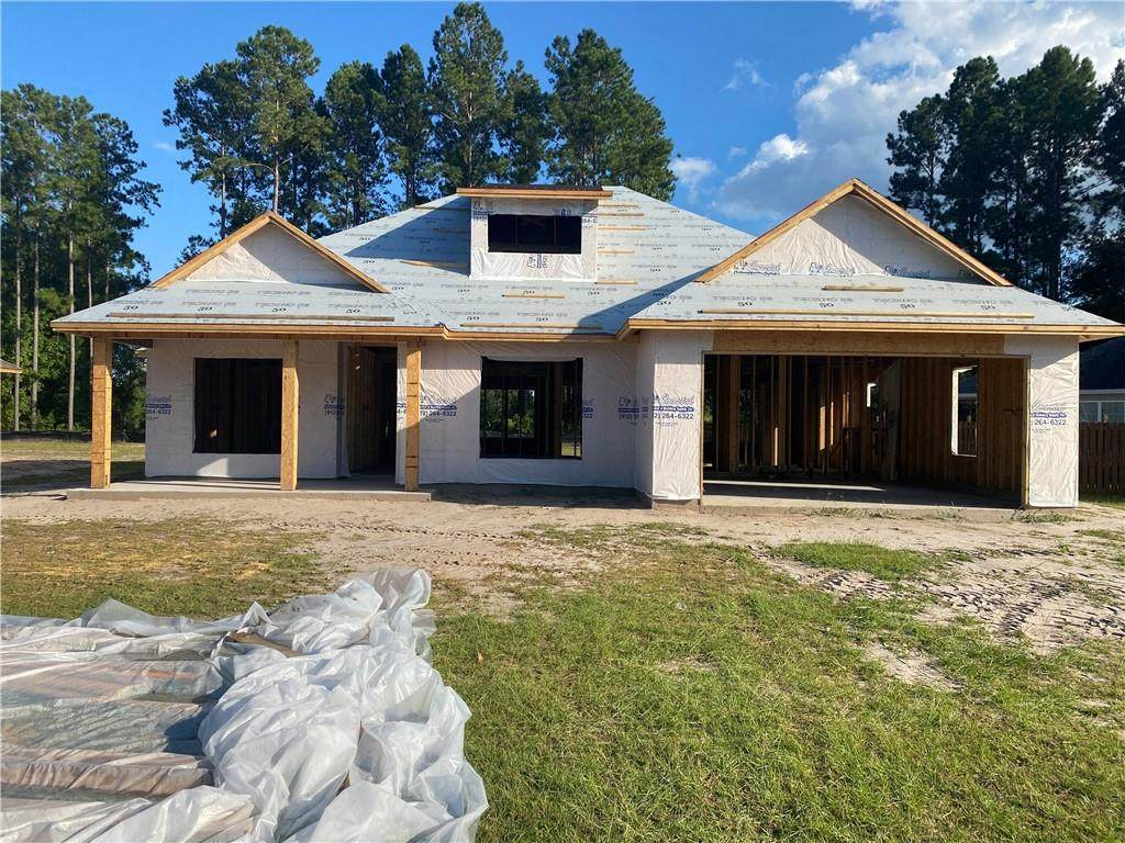 175 Sweetwater Boulevard - Photo 1