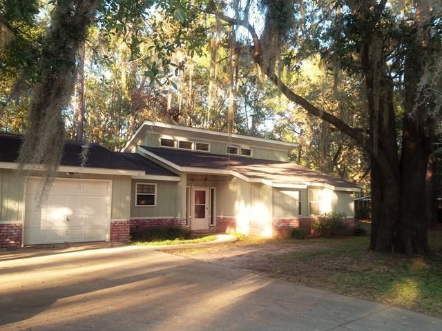 109 Tupelo Circle, Brunswick, GA 31525 (MLS #1587490) :: Coastal Georgia Living