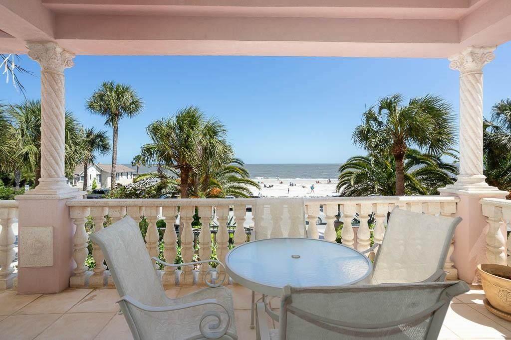 907 Beachview Drive - Photo 1