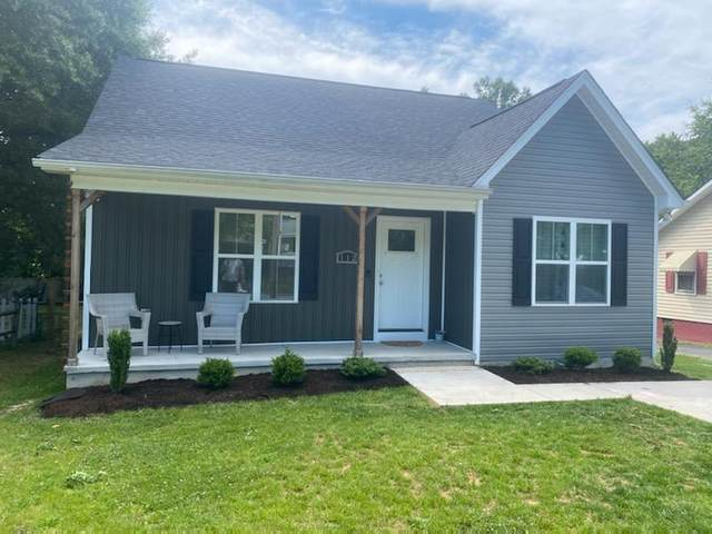 112 Oakland Ave, Kernersville, NC 27284 (#77352) :: The Beth Hines Team