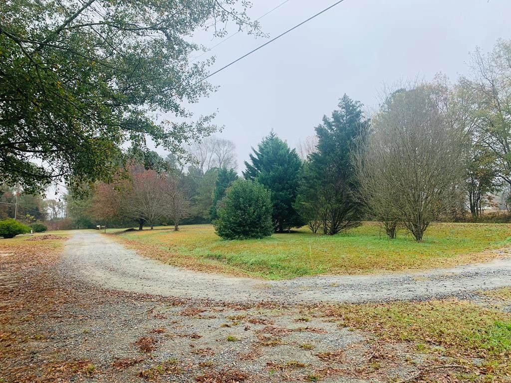 136 Oak Forest Rd - Photo 1