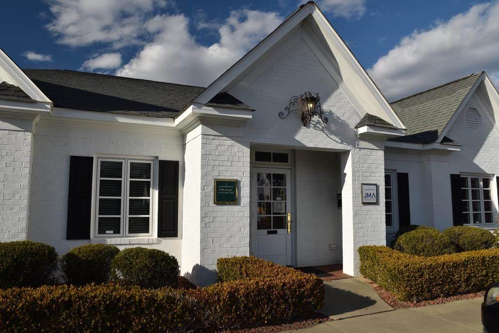 2719 Graves Drive, Suites #1 & #3 - Photo 1