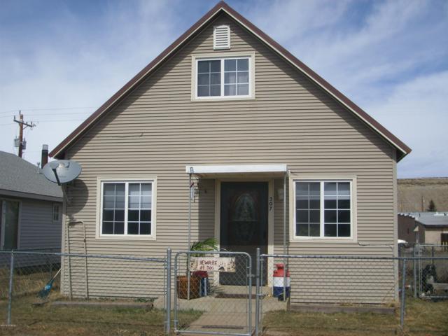 307 Eagle Avenue, Kremmling, CO 80459 (MLS #19-571) :: The Real Estate Company