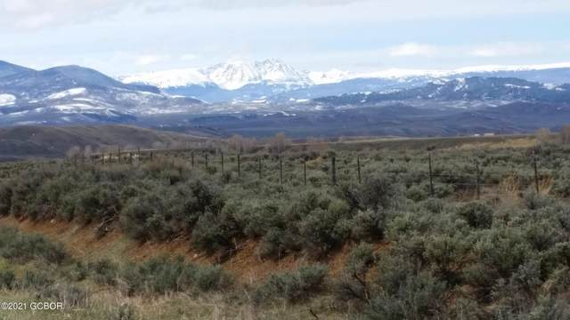 750 Ridge / Cr 2414 Drive, Kremmling, CO 80459 (MLS #21-358) :: The Real Estate Company