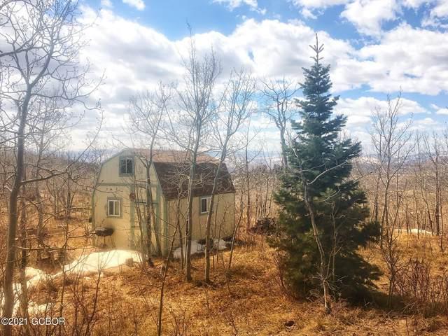 874 Gcr 2412, Kremmling, CO 80459 (MLS #21-457) :: The Real Estate Company