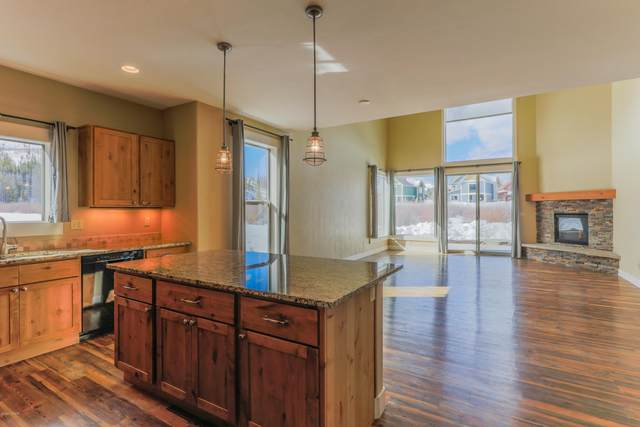 33 Beaver Brook Trail, Fraser, CO 80442 (MLS #21-509) :: The Real Estate Company