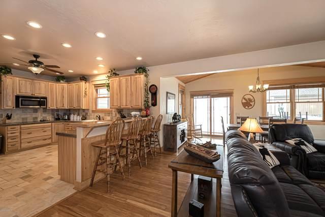 809 Saddle Ridge Circle, Granby, CO 80446 (MLS #20-305) :: The Real Estate Company
