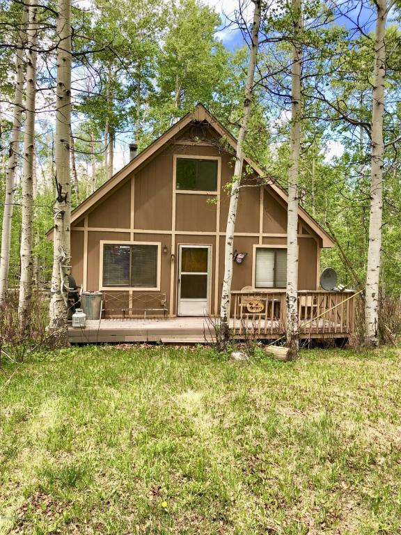 1261 Gcr 2416, Kremmling, CO 80459 (MLS #18-719) :: The Real Estate Company