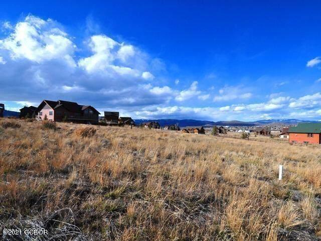 729 Saddle Ridge Circle - Photo 1
