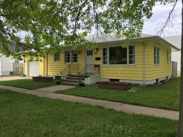 822 N Adams, Grand Island, NE 68801 (MLS #20190444) :: Berkshire Hathaway HomeServices Da-Ly Realty
