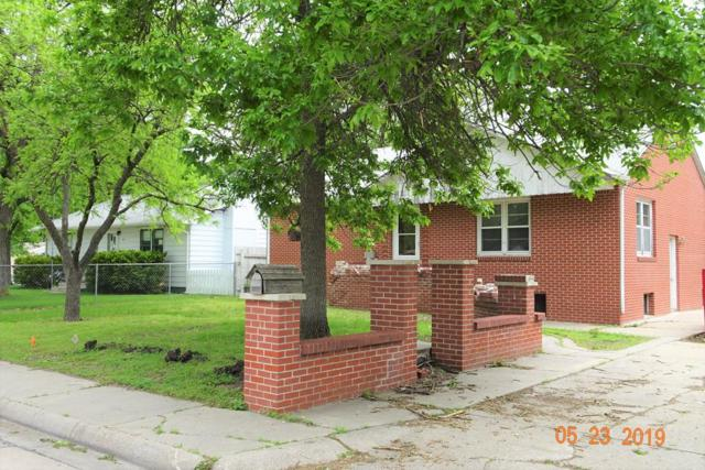 1605 N Lafayette, Grand Island, NE 68803 (MLS #20190447) :: Berkshire Hathaway HomeServices Da-Ly Realty