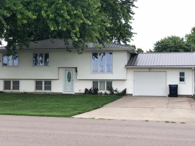 2309 28th Street, Central City, NE 68826 (MLS #20190704) :: Berkshire Hathaway HomeServices Da-Ly Realty