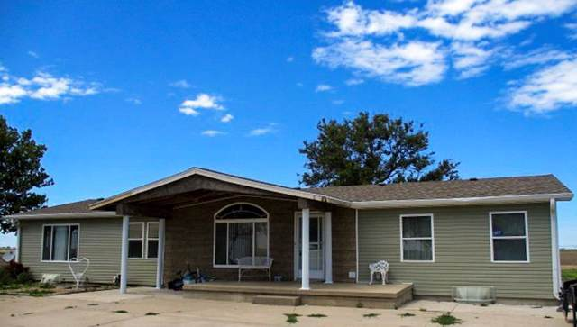 303 W 7th Road, Doniphan, NE 68832 (MLS #20190733) :: Berkshire Hathaway HomeServices Da-Ly Realty