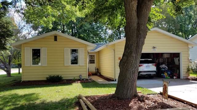 1403 Windsor Road, Grand Island, NE 68801 (MLS #20190800) :: Berkshire Hathaway HomeServices Da-Ly Realty
