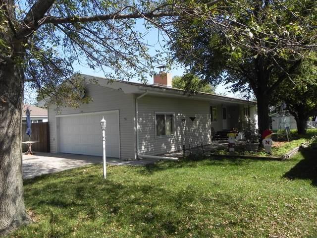 2421 N Grand Island Ave, Grand Island, NE 68803 (MLS #20190803) :: Berkshire Hathaway HomeServices Da-Ly Realty
