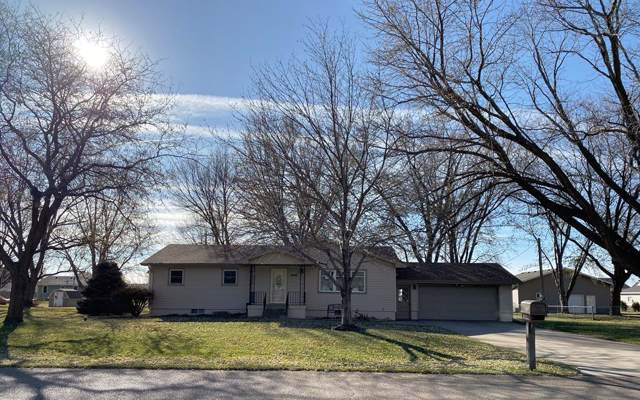 4007 Kay Avenue, Grand Island, NE 68803 (MLS #20191052) :: Berkshire Hathaway HomeServices Da-Ly Realty
