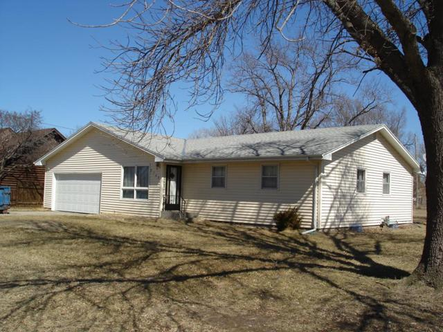2745 O'flannagan, Grand Island, NE 68803 (MLS #20190217) :: Berkshire Hathaway HomeServices Da-Ly Realty