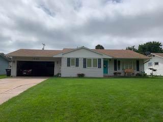1927 W 10th Street, Hastings, NE 68901 (MLS #20190791) :: Berkshire Hathaway HomeServices Da-Ly Realty