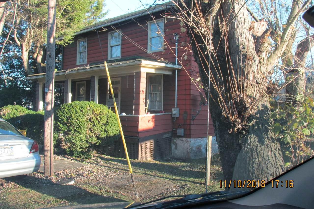 251 Edgar Ave - Photo 1